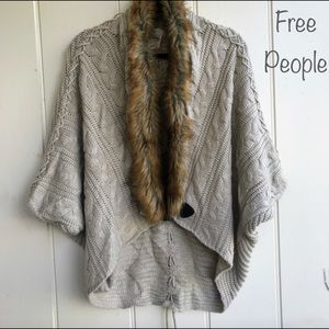 FreePeople OS Tan Fur Collar knit Pull Over